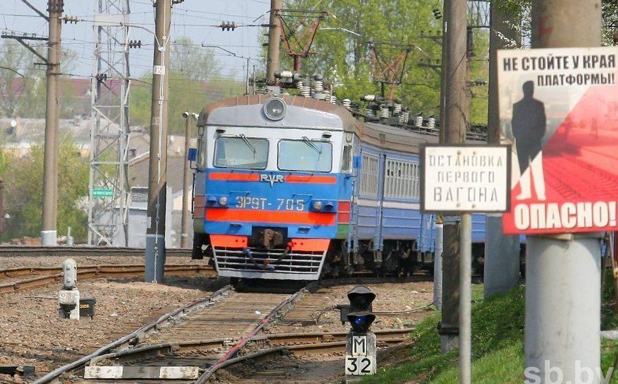 Под Бобруйском поезд Киев-Минск врезался в грузовик