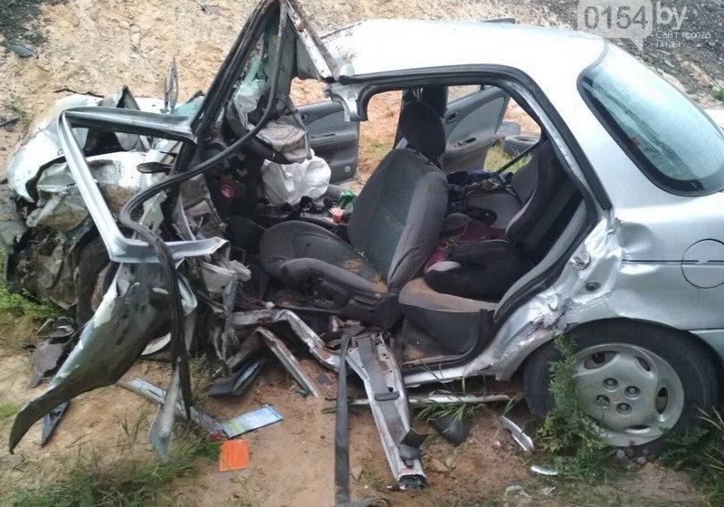 Авария под Лидой: водители в реанимации