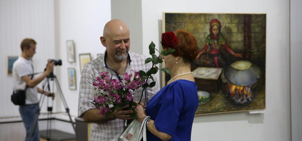 В Барановичах открылись две выставки (фото)