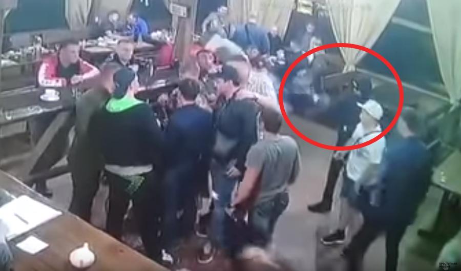 В России в ночном баре прямо на глазах у посетителей киллер убил криминального авторитета (видео 18+)