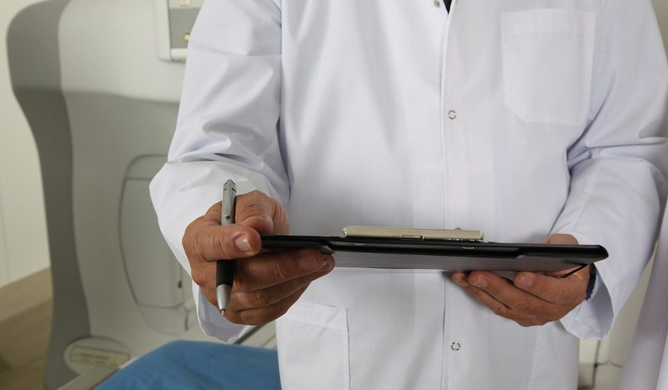 Почему хорошего сантехника уважают больше, чем врача