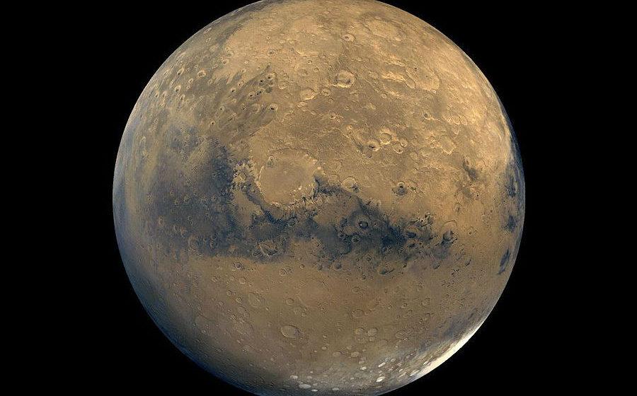 Сегодня Марс максимально сблизился с Землей. Белорусы могут увидеть его «блеск» на небе