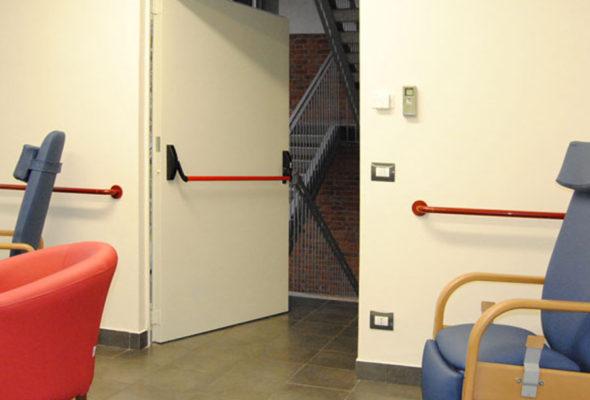Надежные двери, которые защитят от пожара