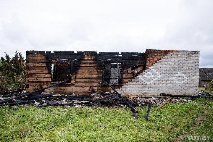 Девочка, которую в Поставском районе из горящего дома не смогла вынести сестра, – третий умерший в семье ребенок