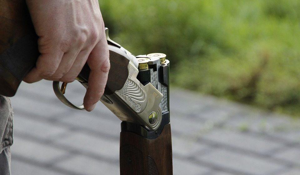 В Барановичском районе из ружья застрелился мужчина