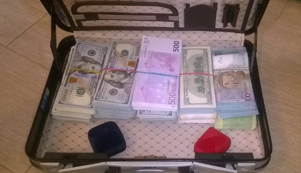 Милиция задержала гендиректора одного из государственных холдингов за взятку в 85 тысяч евро