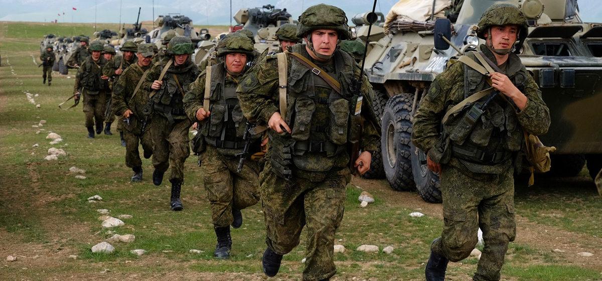 Путин присвоил частям российской армии имена белорусских городов