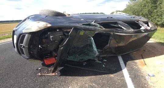 Под Мостами уснул водитель, в ДТП его дочь вылетела из машины и погибла