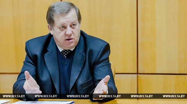 Председатель облисполкома потребовал улучшить оснащение лицея машиностроения и профессионально-технического колледжа сферы обслуживания в Барановичах