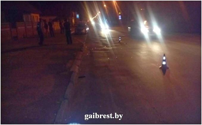 В Барановичах BMW сбил пешехода, переходившего дорогу в неположенном месте