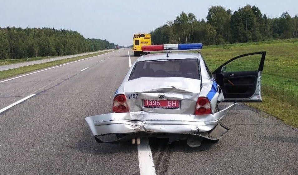 Под Ивацевичами россиянин на автомобиле «ГАЗ» врезался в машину ГАИ