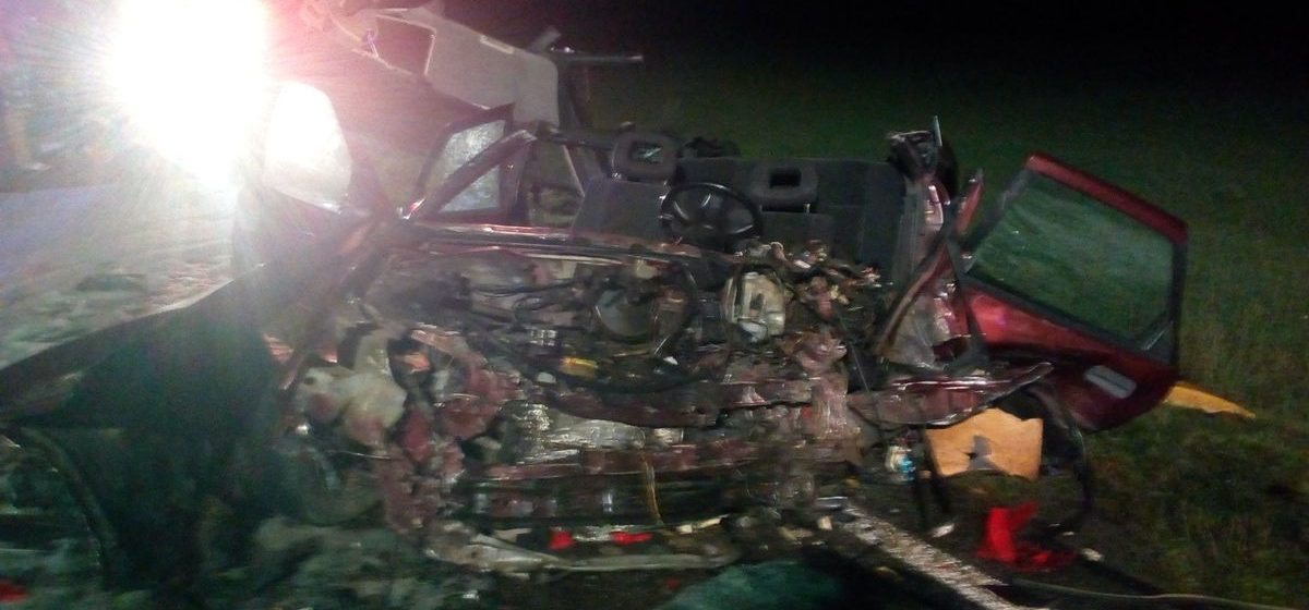 В Дрогичинском районе столкнулись Volkswagen Golf и Opel. Погибла беременная пассажирка