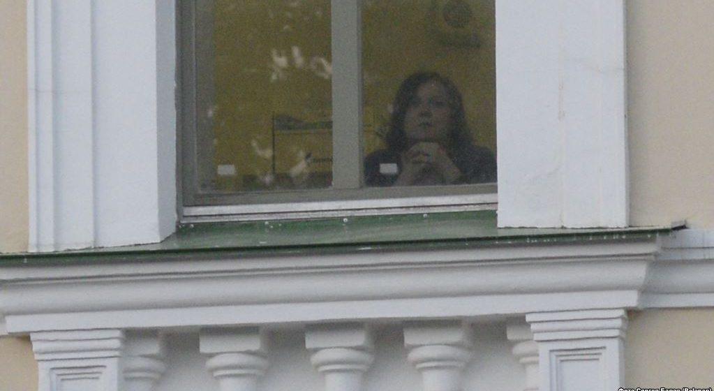 Представлялись соседями, отключали телефоны. Как следователи задерживали журналистов Tut.by