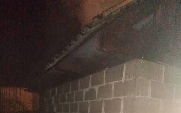В Барановичах горел сарай. Пламя чуть не перекинулось на дом