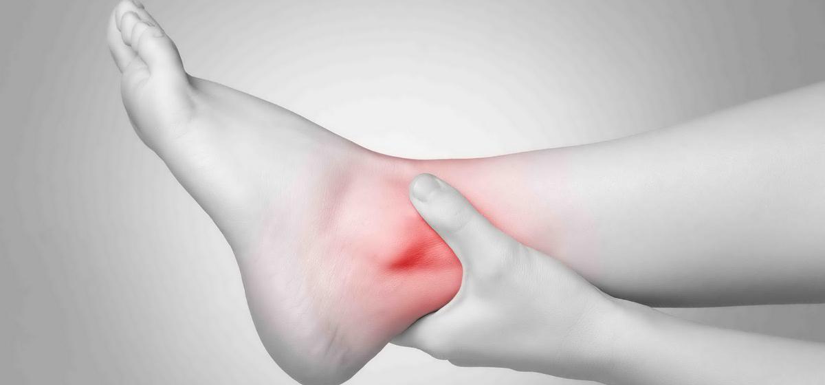 «Если отекают ноги, возможно, не за горами инфаркт». О чем говорят отеки
