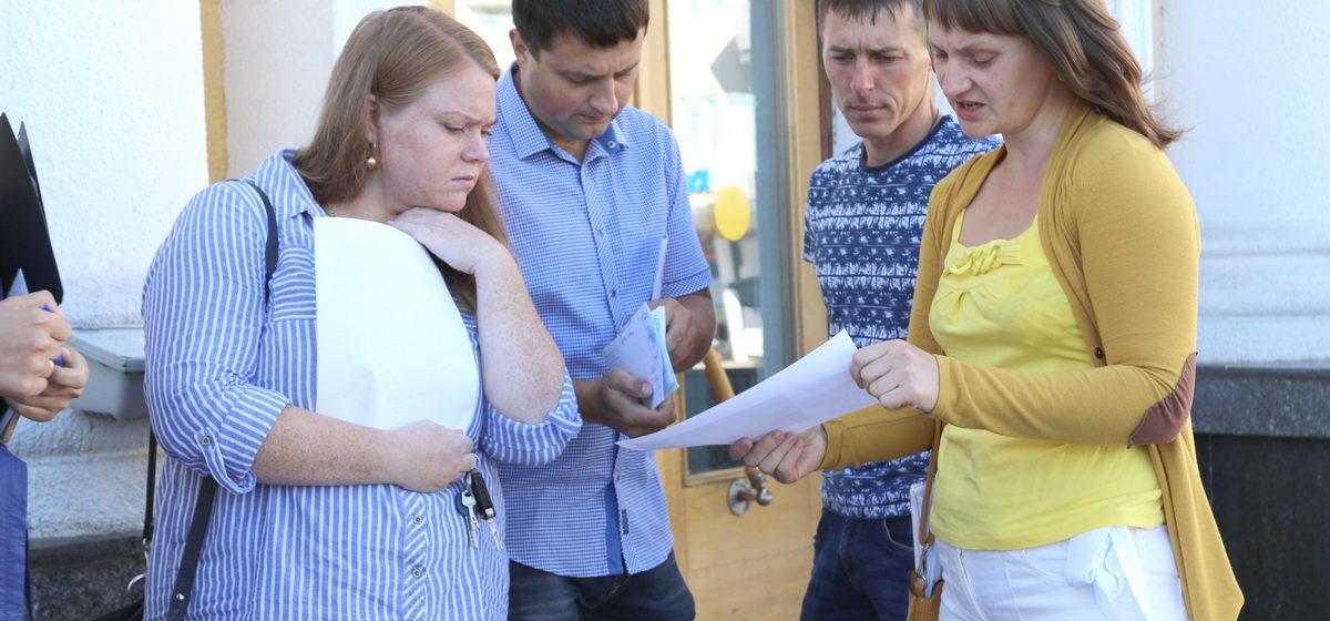 Барановичские власти рассказали владельцам участков в Дубово-4, когда к их домам проложат хотя бы минимальные коммуникации