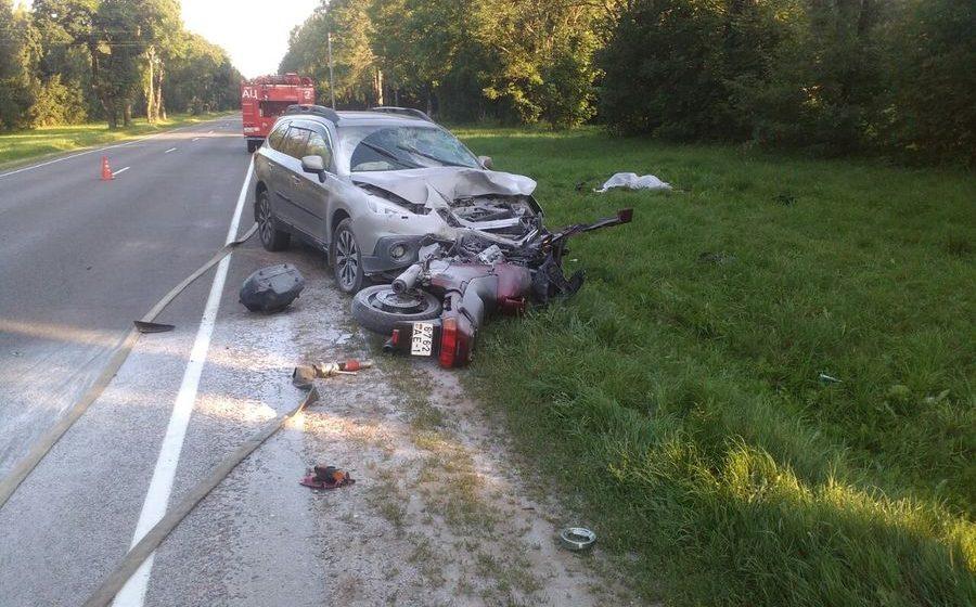 В Дзержинском районе в ДТП с легковушкой погиб мотоциклист