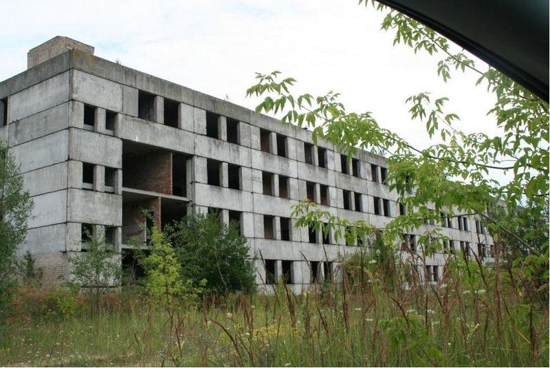 В Барановичах недостроенные здания бывшего мясокомбината выставили по раздельности на электронные торги