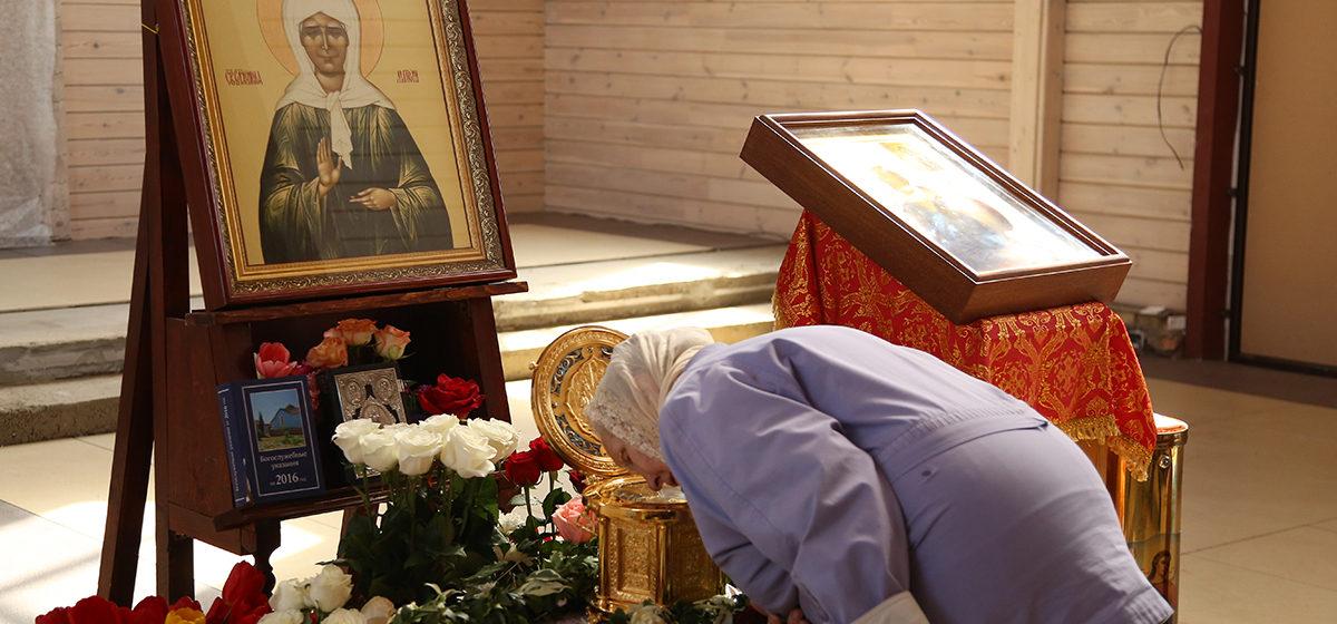 В Барановичи привезут мощи святой Матроны Московской