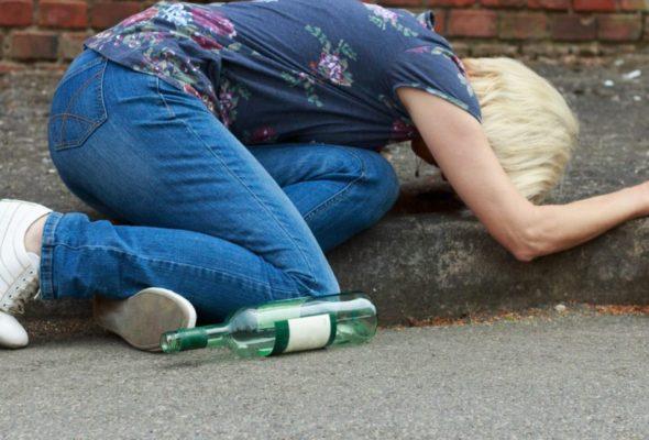 В Барановичском регионе снижается число женщин, злоупотребляющих алкоголем