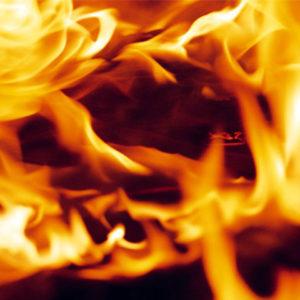 В Барановичах пенсионер чуть не сгорел в своей квартире