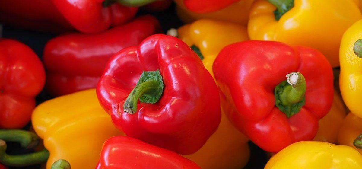 Что почем. На барановичских рынках подешевели помидоры и перец, на прилавки вернулась малина