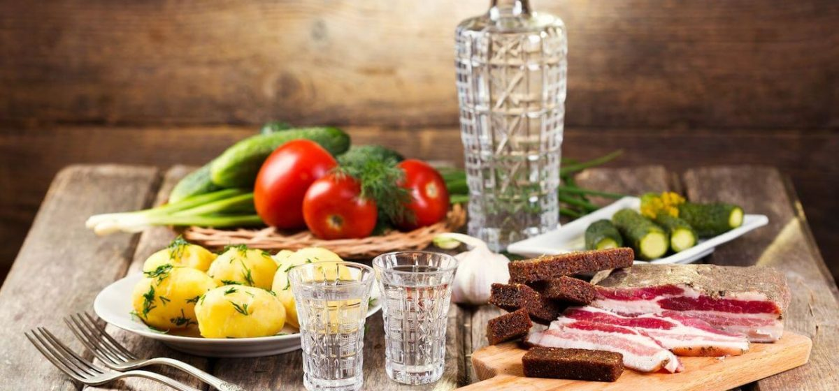 Восемь продуктов, которыми нельзя заедать и запивать алкоголь