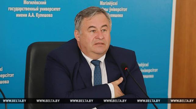 Министр информации: На телевидении должно быть не меньше 30% белорусских программ