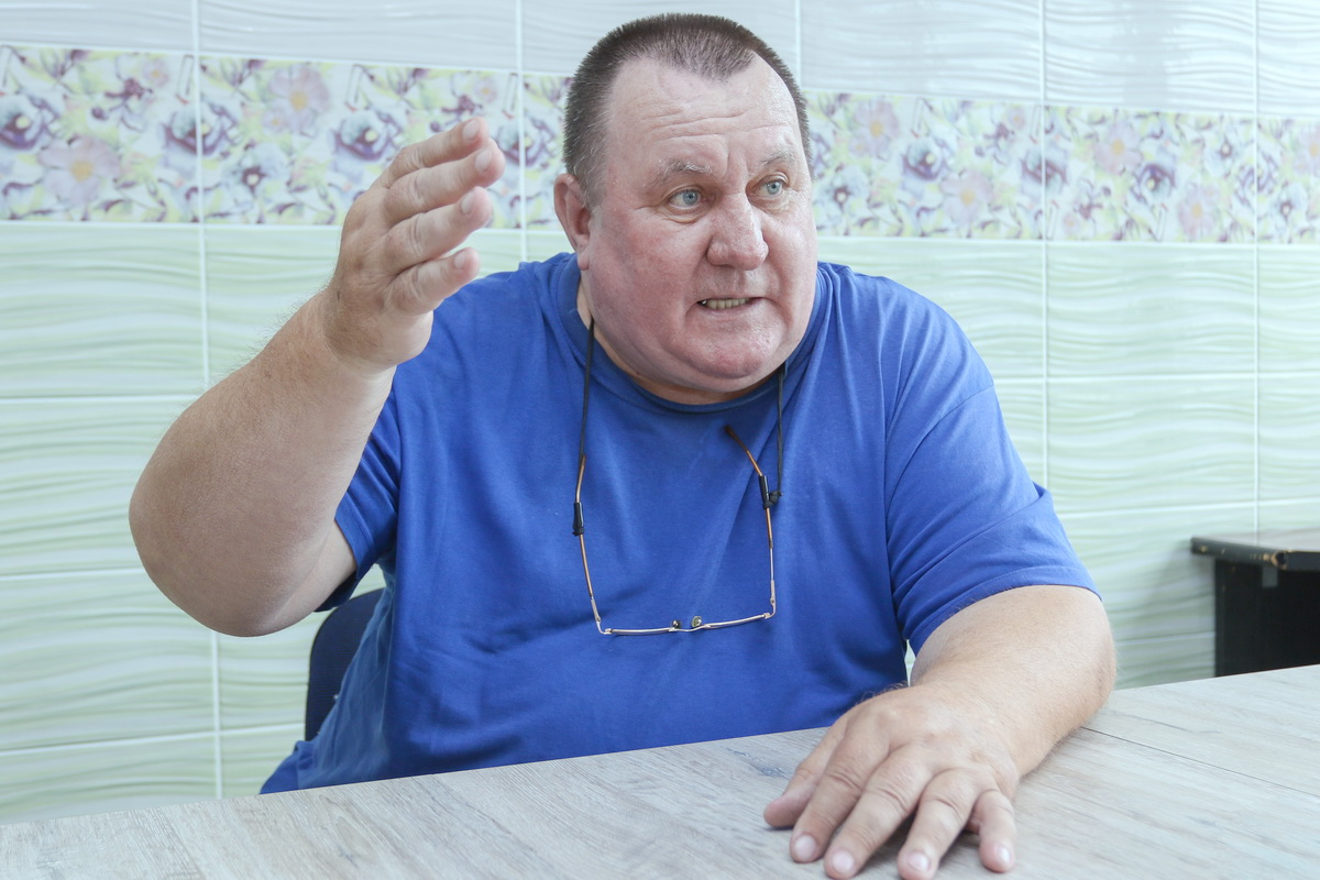 61-летнему Юрию Рязанцеву не хватает семи месяцев страхового стажа. Из-за этого он не имеет права на трудовую пенсию.  Фото: Александр ЧЕРНЫЙ