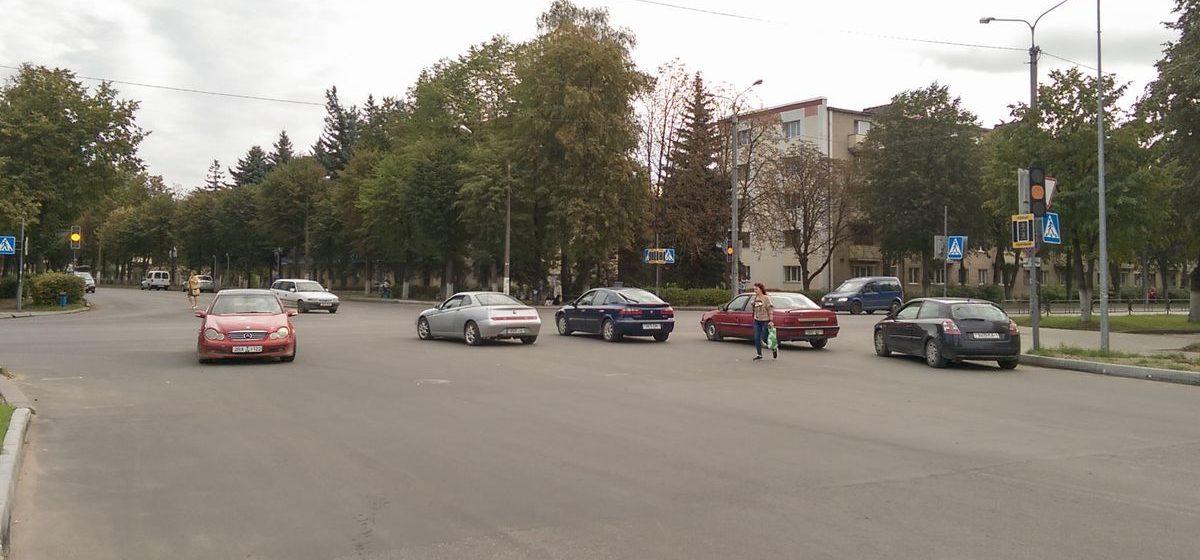Почему на перекрестке улиц Кирова и Фабричной в Барановичах не работает светофор