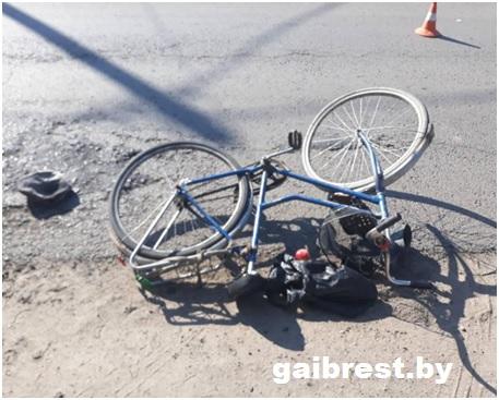 В Ольшанах машина насмерть сбила 71-летнего велосипедиста