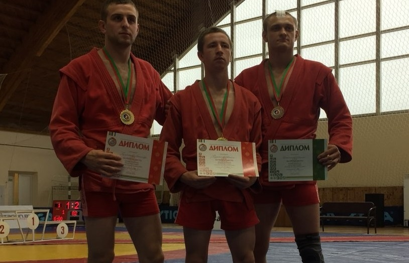 Барановичские спортсмены завоевали два золота и четыре бронзы на Кубке Беларуси по самбо