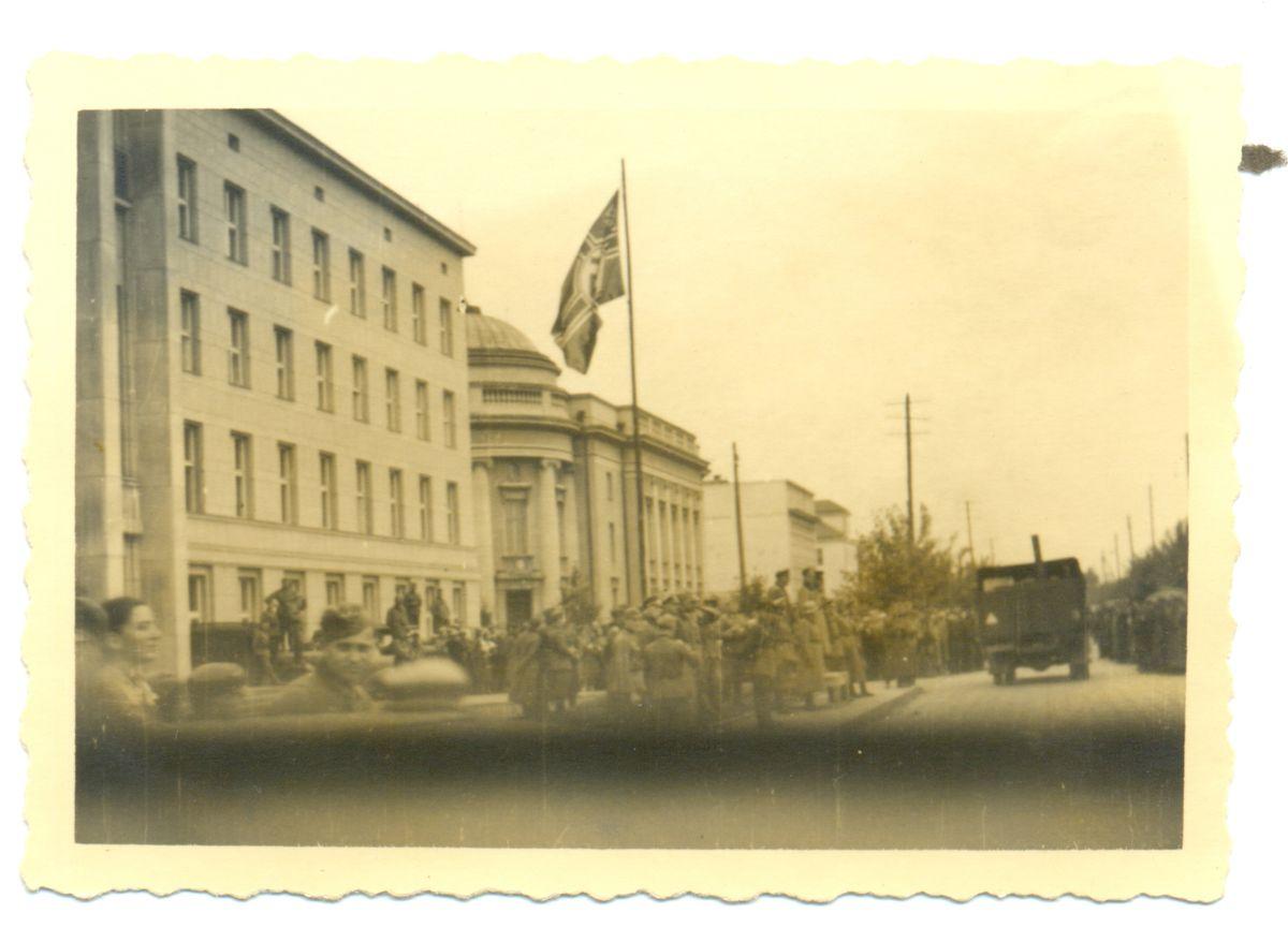 Советско-германский парад на ул. Люблинской унии в Бресте. 22 сентября 1939 года