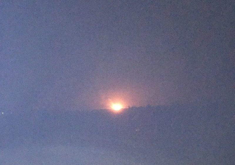 Фотофакт. В Барановичском районе подожгли скирду соломы