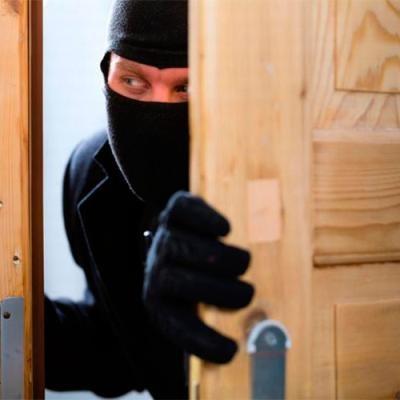В Барановичах лжеквартирант ограбил три квартиры