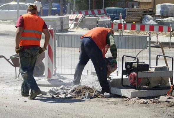Сколько работников уволили и набрали белорусские предприятия в июле