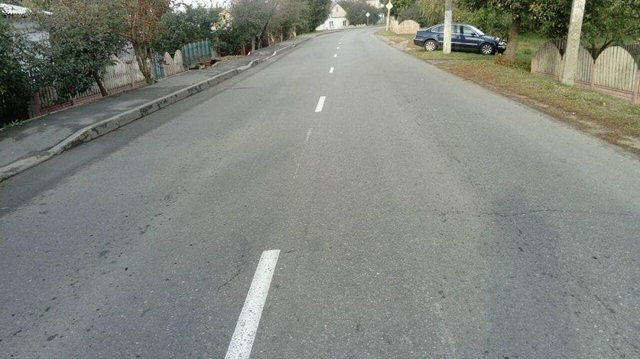 В Орше легковушка вылетела на тротуар и сбила семью с годовалым ребенком