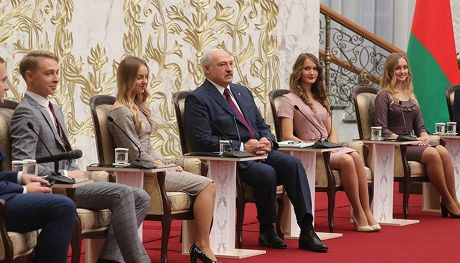 Лукашенко рассказал, сколько времени в день занимается спортом