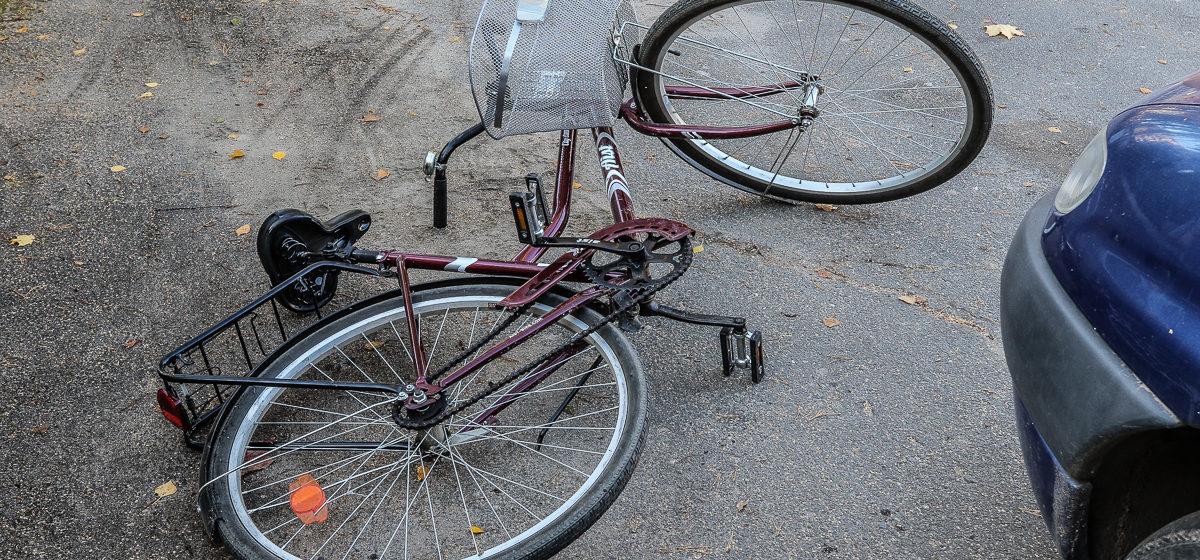 Под Барановичами автомобиль сбил пьяного велосипедиста