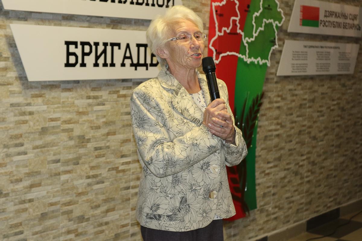 Мария Бондарь сорок лет назад стала организатором закладки капсулы времени.