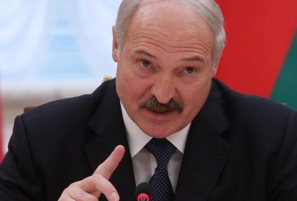 «У нас нет границы, поэтому закрывать нечего». Лукашенко жестко отреагировал на закрытие Россией границы с Беларусью