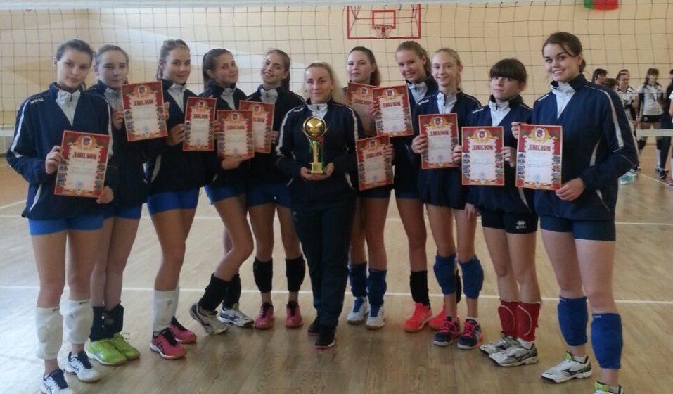 Барановичские школьницы выиграли областное первенство по волейболу