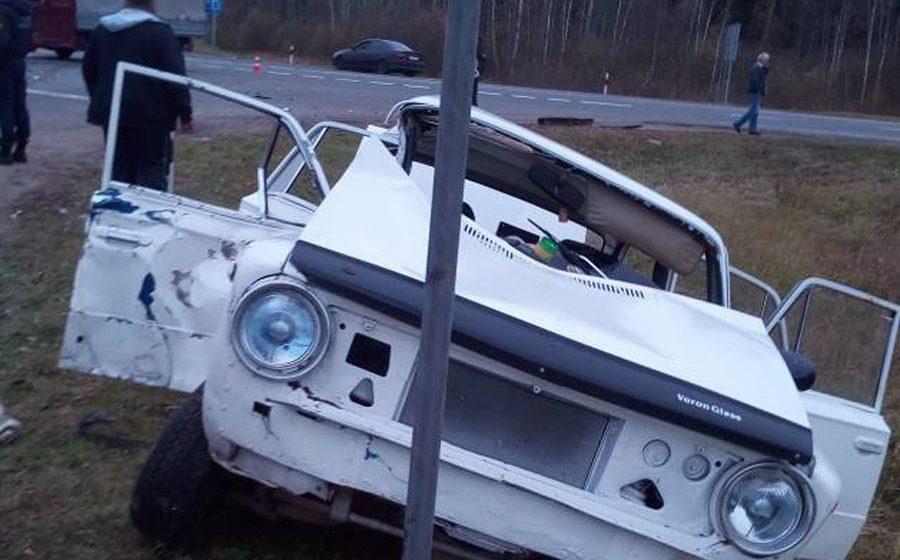 На Витебщине пьяный бесправник на «Жигулях» врезался в грузовик