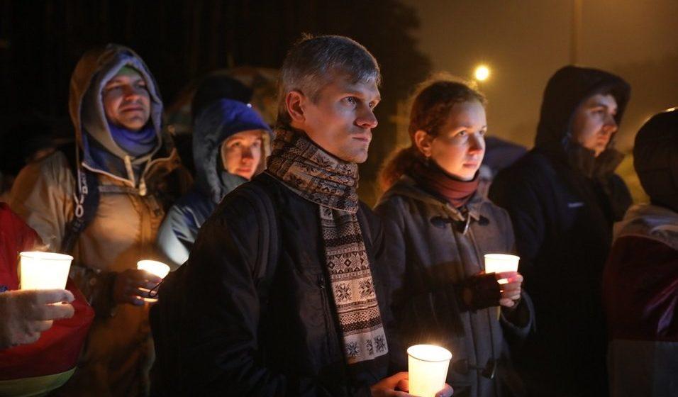 Видеофакт. В Куропатах прошла «Ночь расстрелянных поэтов». Алексиевич призвала литераторов взять на себя часть работы погибших