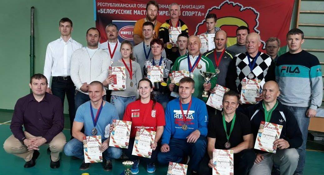 В Барановичах был проведен «Кубок Геркулес» по гиревому спорту