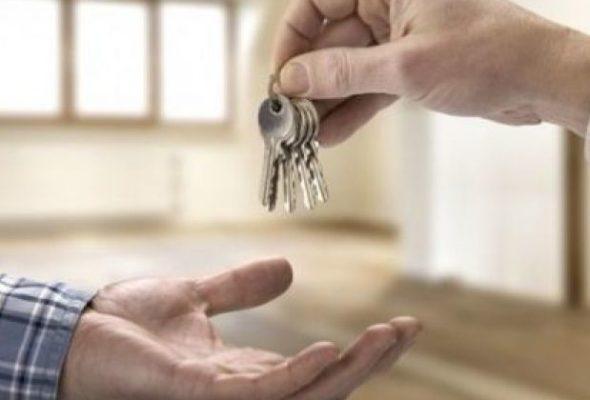 Барановичский райисполком сдает в аренду двухкомнатную квартиру за 8,64 рубля