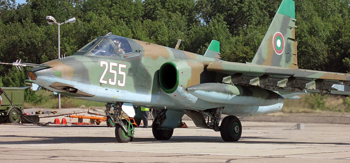 Барановичский авиазавод стал главным претендентом на победу в тендере по ремонту болгарских штурмовиков Cу-25