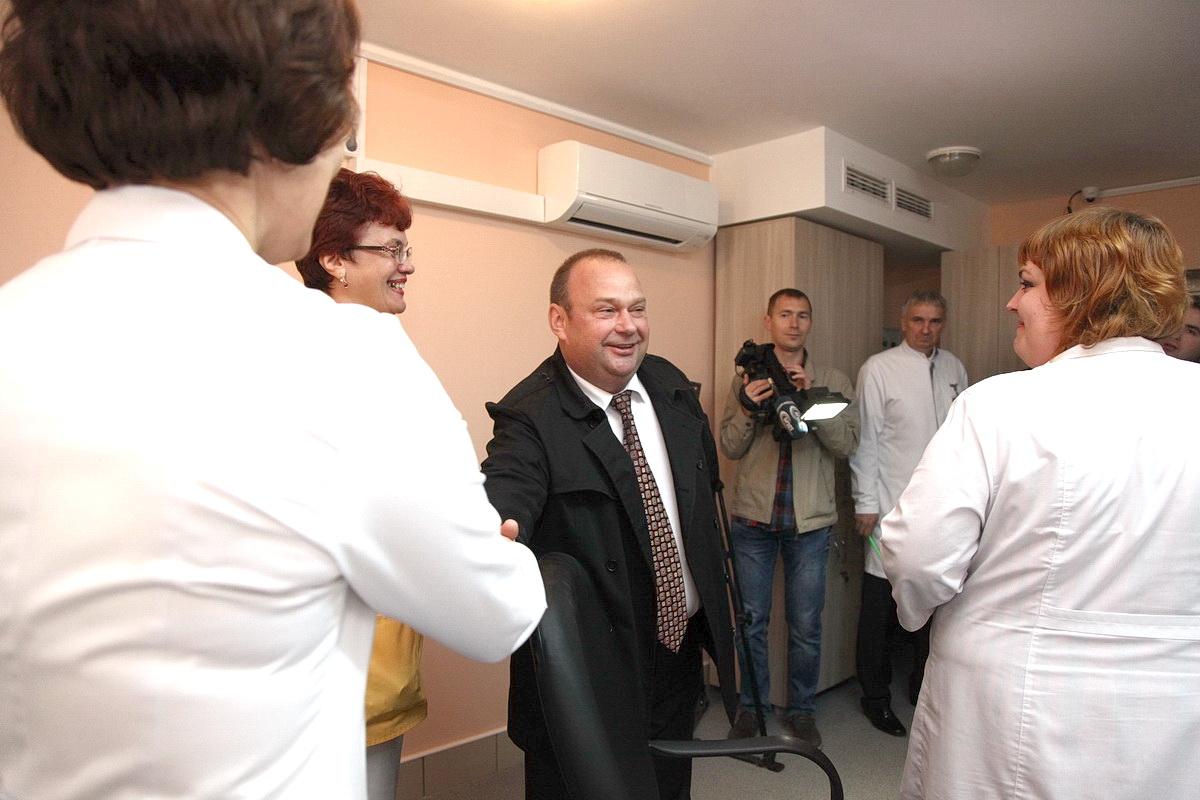 15 декабря 2015 года. Открытие гинекологического отделения в Барановичском роддоме. Фото: архив Intex-press