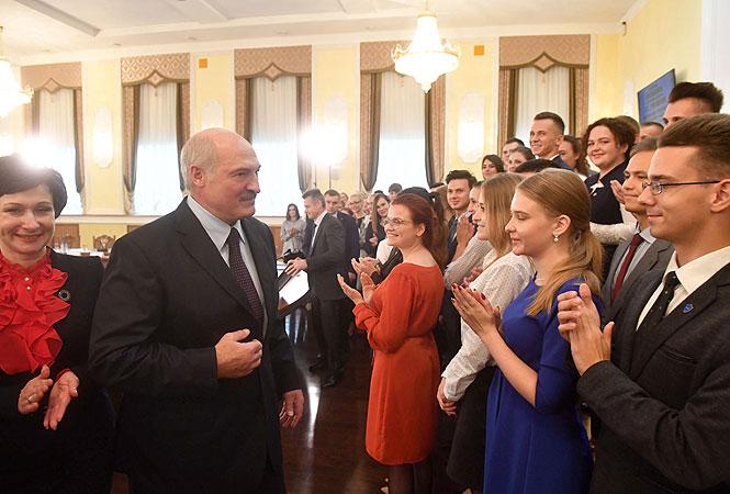 Лукашенко про бесплатный проезд для студентов: «Страна льготников. Нефти и газа нет. А мы еще с советских времен…»