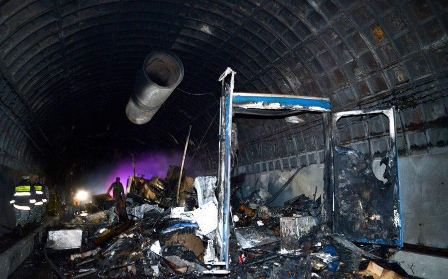 В Армении в автомобильном тоннеле загорелась и взорвалась фура из Беларуси